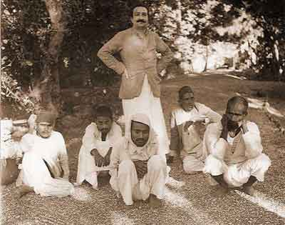 Meher Baba traveled throughout India helping masts--spiritually intoxicated souls