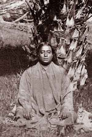 Paramahansa Yogananda, enlightened teacher, taught the meditation practice of kriya yoga